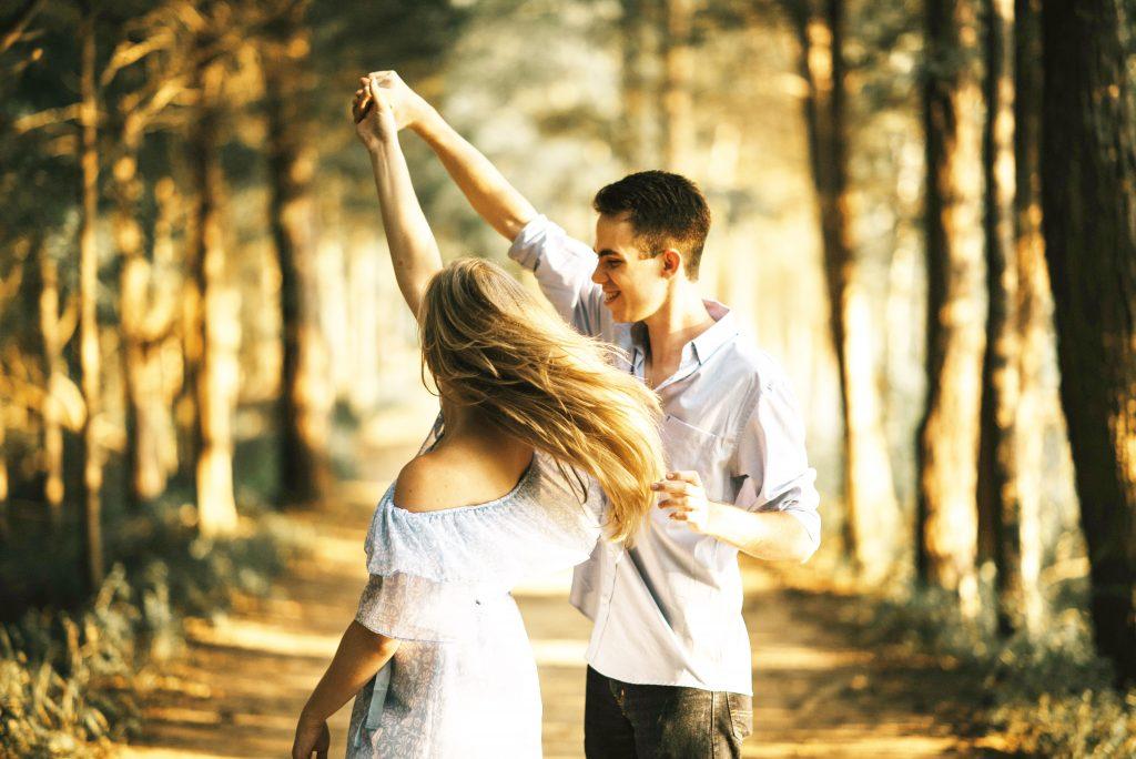 可愛い彼女が欲しいから作り方を教えて欲しい!スペックが低くても恋愛は可能です